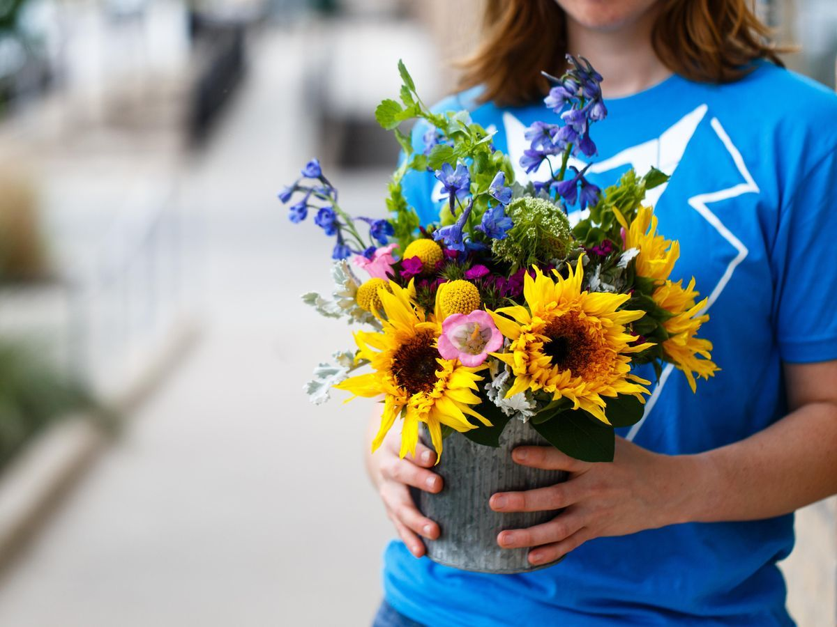 Blooms By H E B Flower Shop Delivery 1150 North Loop 1604 West San
